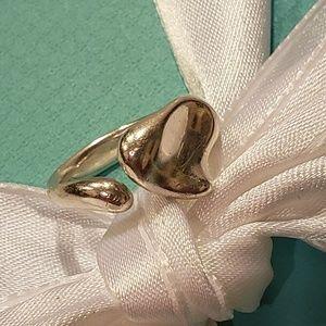 Tiffany and Company closed heart Elsa Peretti ring